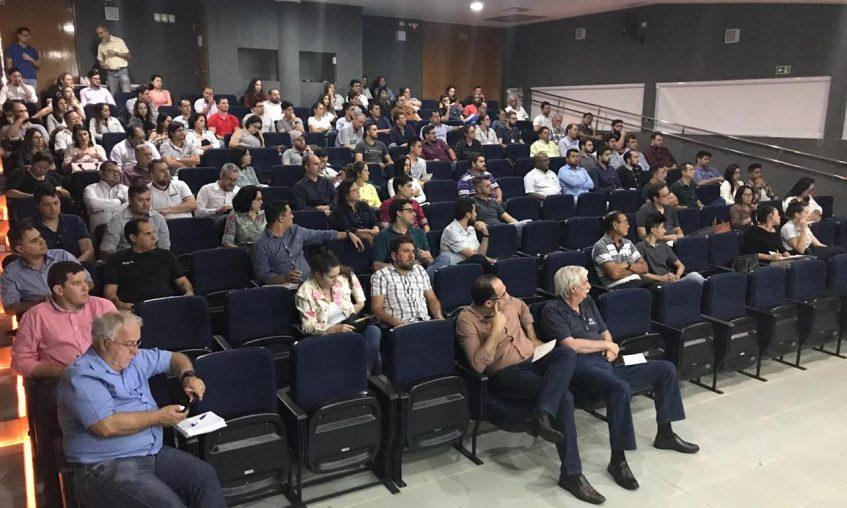#pratodosverem Palestra realizada em Maringá com o auditório cheio